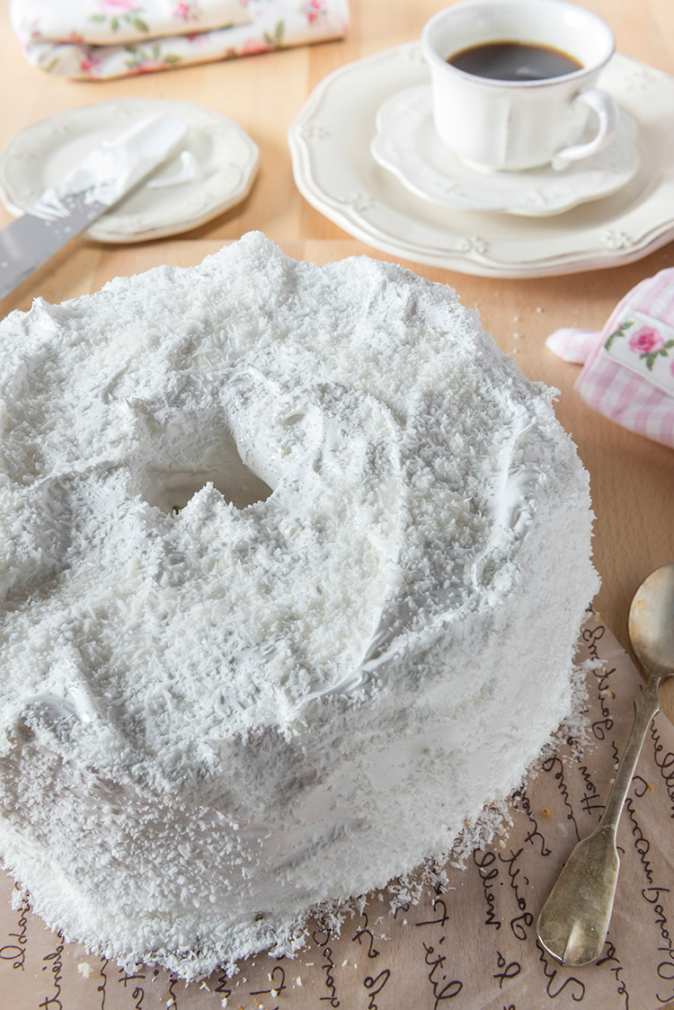Heavenly Angel Food Cake with Simple Frosting