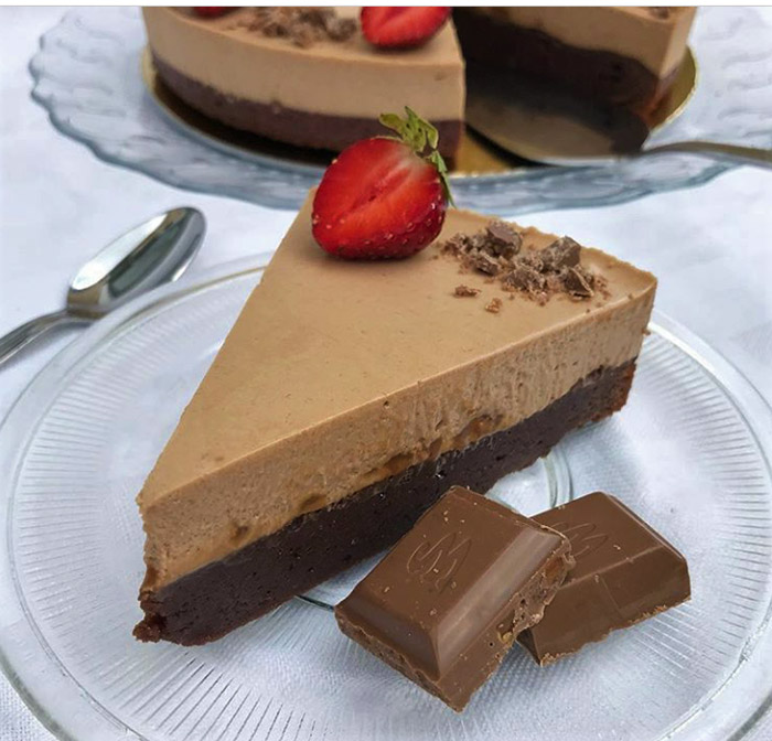 Milk Chocolate Mousse Dream Cake