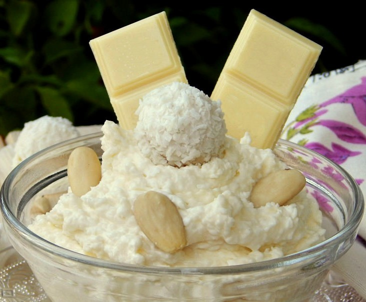 5-Minute Raffaello Chocolate Cream